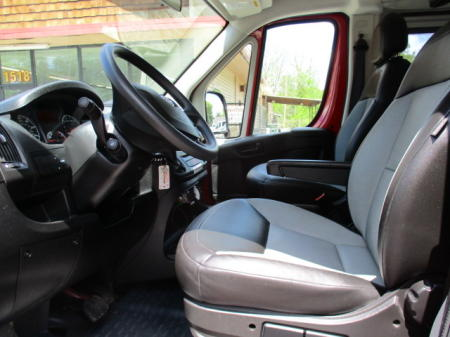 CRUISE CONTROL, DUAL AC & HEAT.POWER WINDOWS /DOOR LOCKS /REMOTES