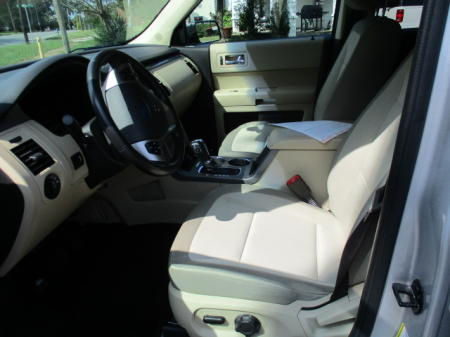 ALL OPTIONS, DUAL AC, 7 PASSENGER SEATING